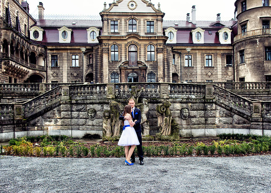 Olga and Krzysztof's outdoor wedding session The Moszna Castle