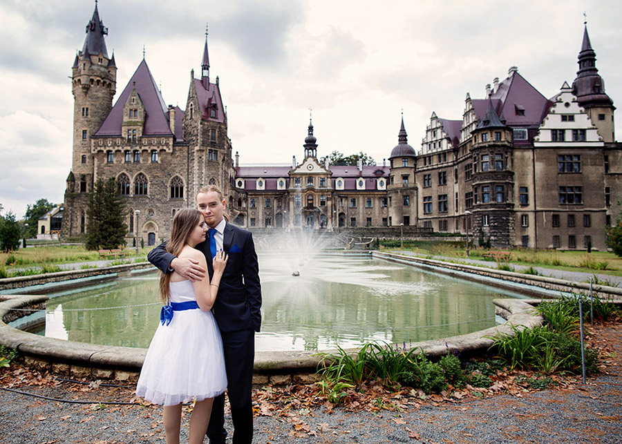 Wedding session in the Moszna Castle