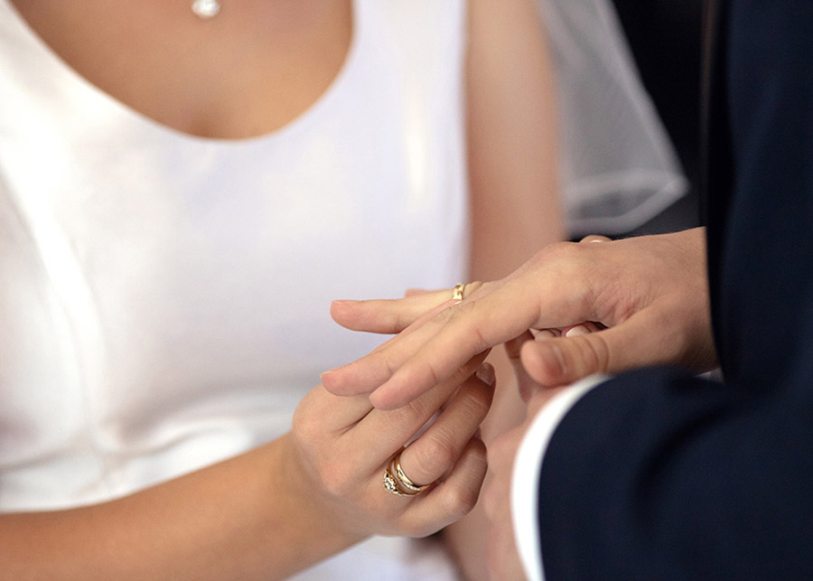 Putting on wedding rings