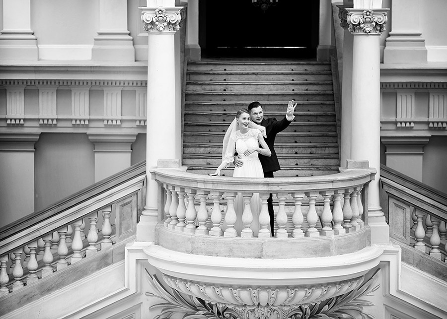 Marta and Łukasz's wedding session Main building of Warsaw University of Technology